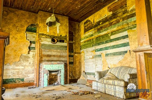 Photo Captures by Jeffery: Abandoned Homes-Buildings &emdash; Dusty Love Seat In Living Room Farm House Castalian Springs TN