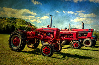 Antique Tractors Three In A Row Scottsboro-Jordonia Antique Tractor and Car Show Antiqued