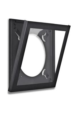 single-frameblack