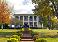 Loretta Lynn's Plantation Home Front View